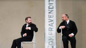 Fabrizio Gifuni e Massimo Popolizio in una scena dello spettacolo.