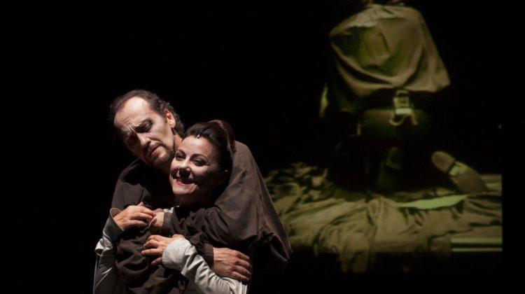 """Luca Lazzareschi e Gaia Aprea in """"Macbeth"""" di Luca De Fusco"""