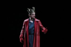 Alessandro Averone in Richard II. Foto di Paolo Porto