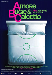 amore bugie calcetto poster