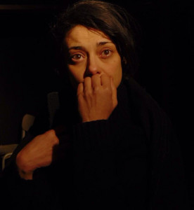 Elena Arvigo in Donna non rieducabile. Foto di Damiano D'Innocenzo
